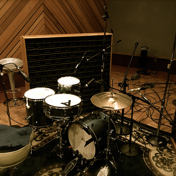 01-drums-live-room-studio-c-the-complex