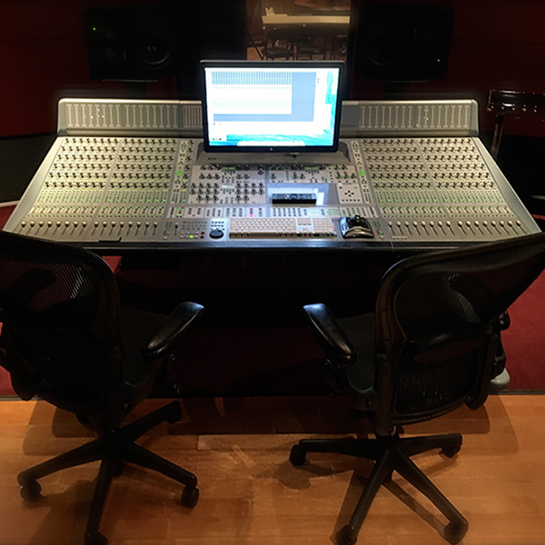 studio-c-control-room-the-complex
