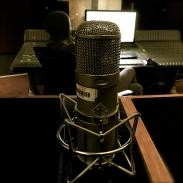03-neumann-u47-control-room-studio-c-the-complex
